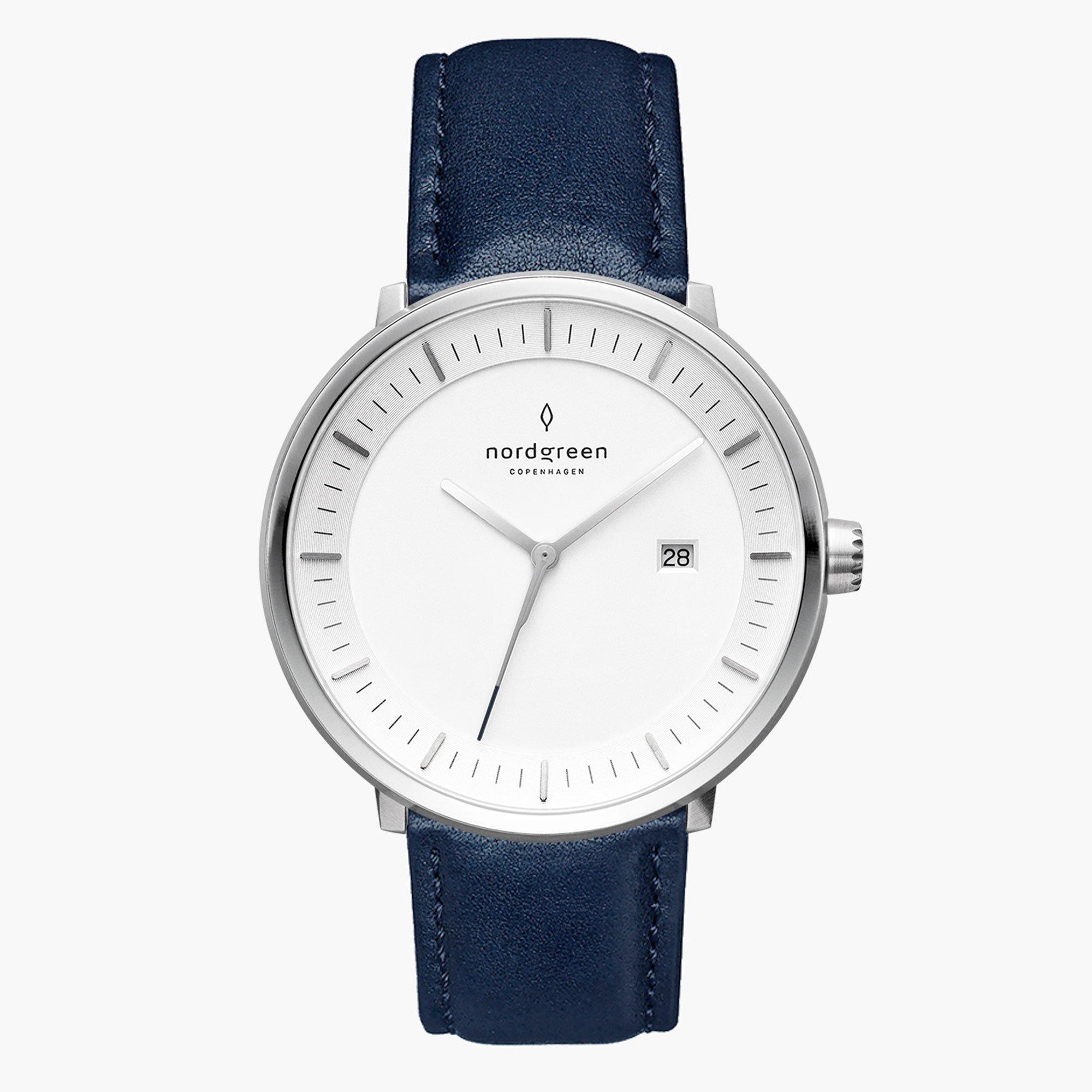 GENと文庫食堂のコラボ腕時計
